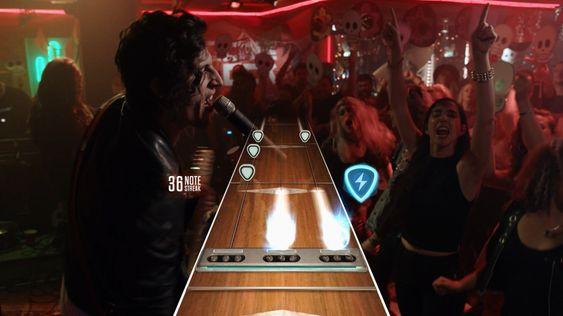 Live-delen er et spennende bidrag, men det er i Guitar Hero TV det virkelig skjer.