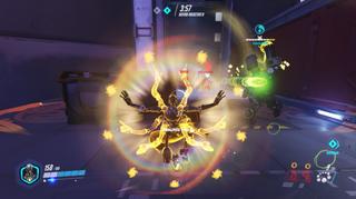«Ultimate»-egenskapen til Zenyatta gjør at han «healer» alle lagkamerater i umiddlebar nærhet.