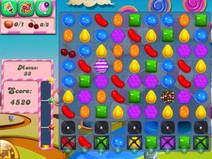 Selv Erna Solberg spiller Candy Crush Saga.