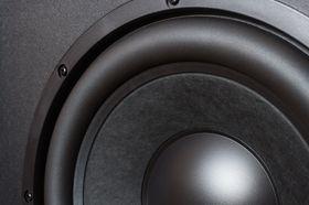 Mer bass er tingen anbefales av Samsungs nye lydekspert.