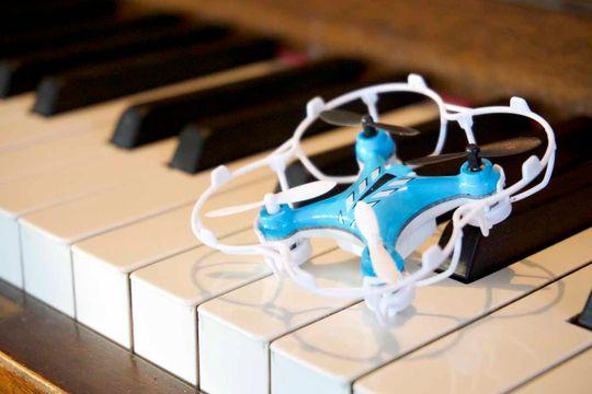 Beskyttelsesringen til Nano Quadcopter gir svært god beskyttelse av dronen.