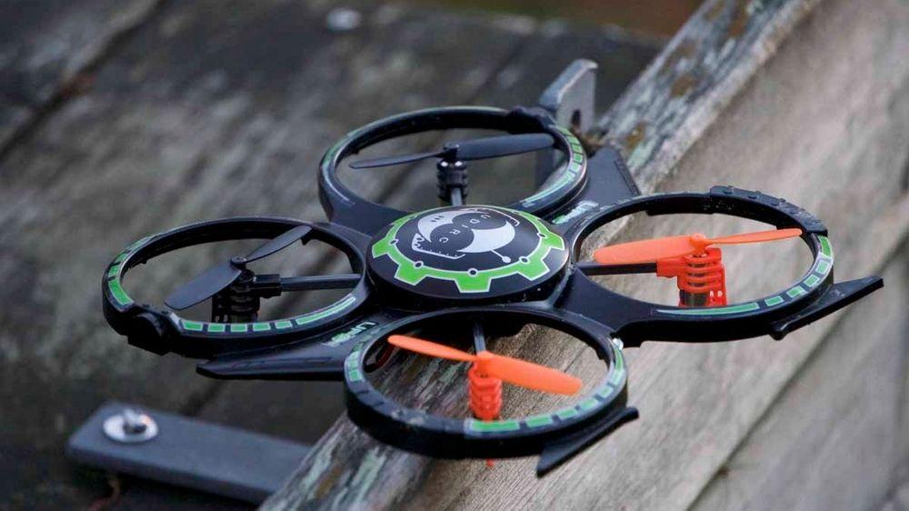 UDI Mini Drone er en relativt stor drone til en relativt lav pris. Men er den noe tess?