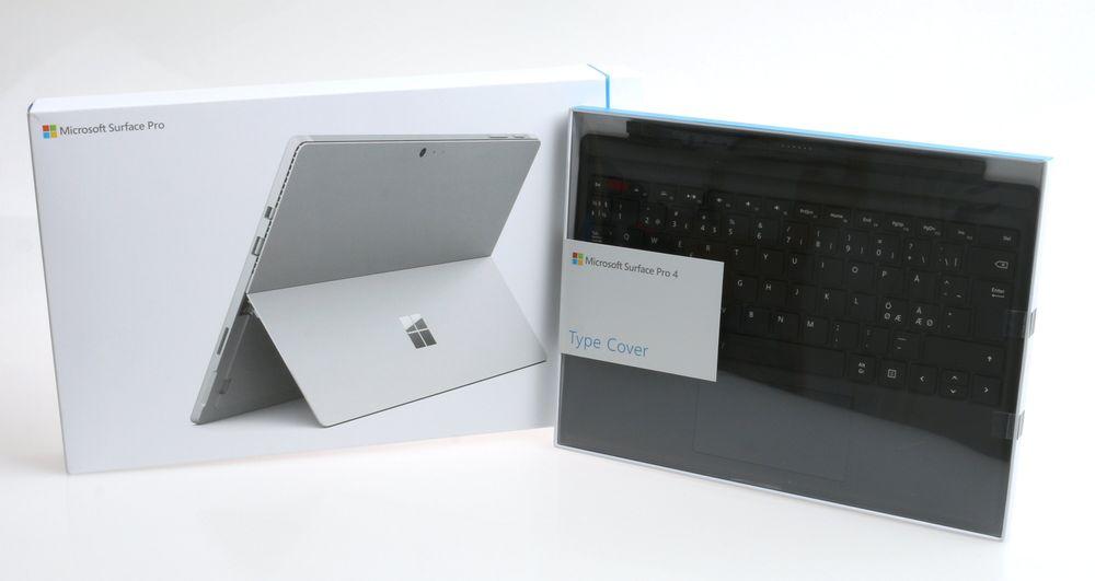 Surface Pro 4 og Surface Pro 4 Type Cover som det kommer innpakket.