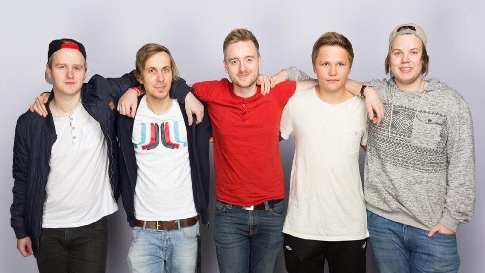 Badgers da de deltok på byLAN tidligere i år. Fra venstre: Andreas «b4t» Bergevik, Vegard «Yakin» Halvorsen, Kristian «Akez» Kornbakk, Adrian «cynex» Vevletveit (ikke lenger en del av laget) og Michael «Haggis» Hagland.