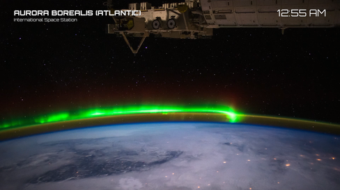 En rekke ulike strømmer av musikk og jordkloden som surrer rundt under oss. Utsikten skal forestille det innbyggerne på romstasjonen ISS ser til daglig.