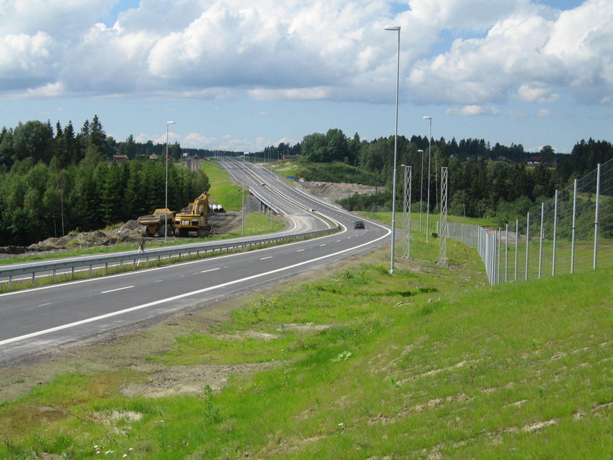12,9 kilometer ny firefelts motorveg på E18 gjennom Østfold åpnes førstkommende fredag.