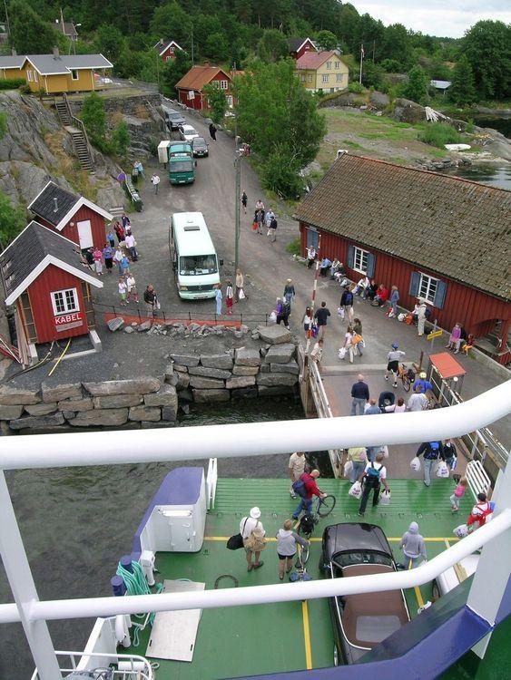 Fergekaia på Skåtøy tilfredsstiller ikke tidens krav og blir nå skiftet ut sammen med fire andre.