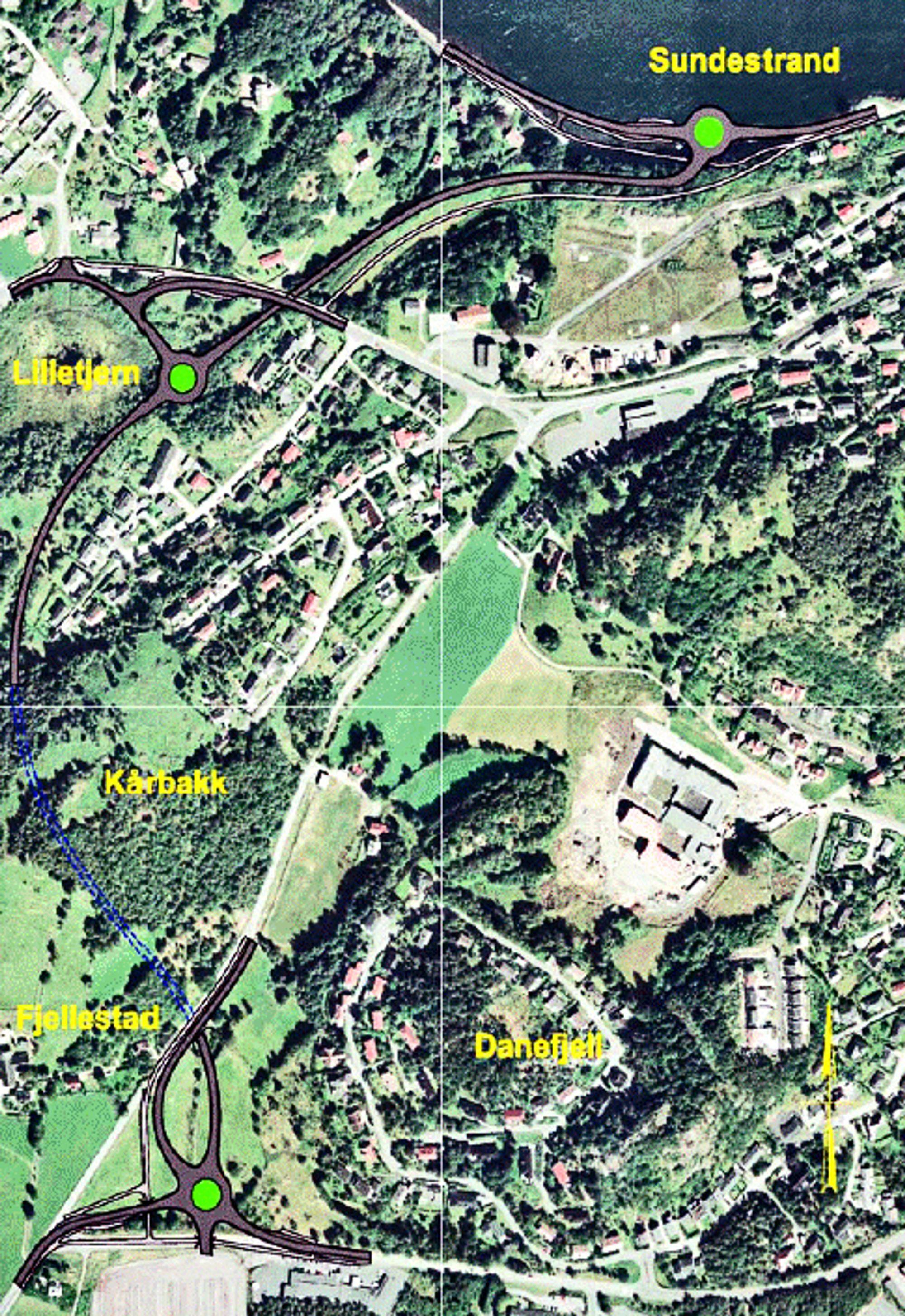 Skråveien er markert til venstre på bildet. Den blå stiplete linjen er tunnelen. Veidekke ligger godt an til å få kontrakten. (Ill.: Farsund kommune)