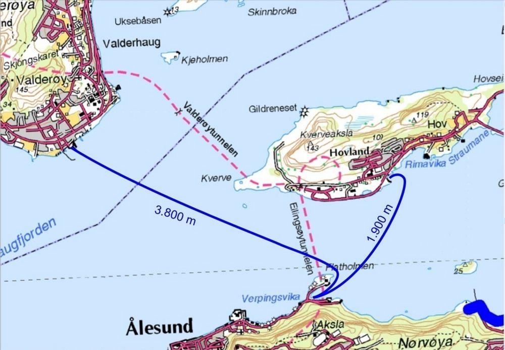 Dette kartet gir ikke et riktig bilde av situasjonen. Den korteste av de blå linjene markerer fergesambandet mellom Flatholmen og Ellingsøy. Det blir det ikke noe av. Den andre markerer sambandet mellom Flatholmen og Valderøy. (Ill.: Statens vegvesen)