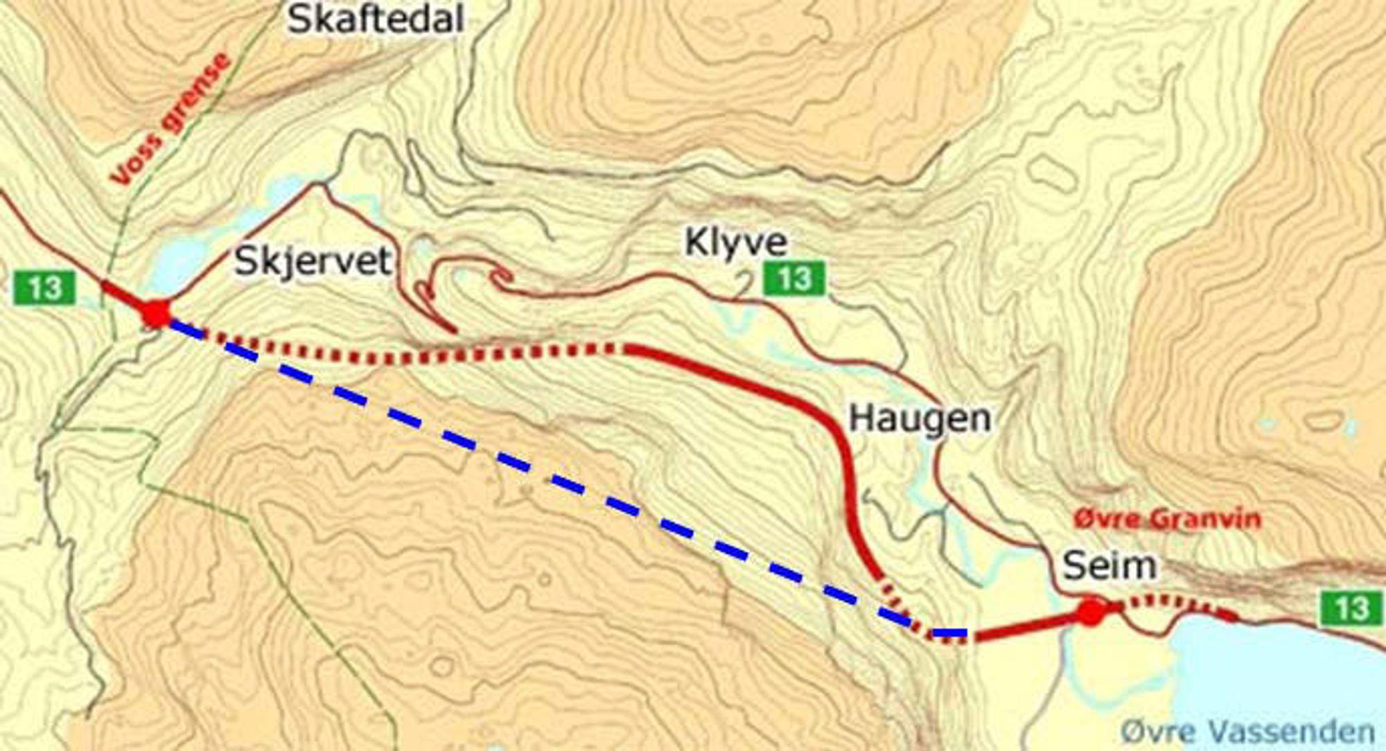 Kartet viser parsellen mellom Øvre Granvin og kommunegrensen mellom Granvin og Voss. Den stiplete blå linjen er Skjervstunnelen. De stiplete røde linjene er tunnelene som ikke kom lenger enn til planleggingsstadiet. Tunnelen lengste til høyre ble tatt ut av Vossapakko på et tidligere stadium.