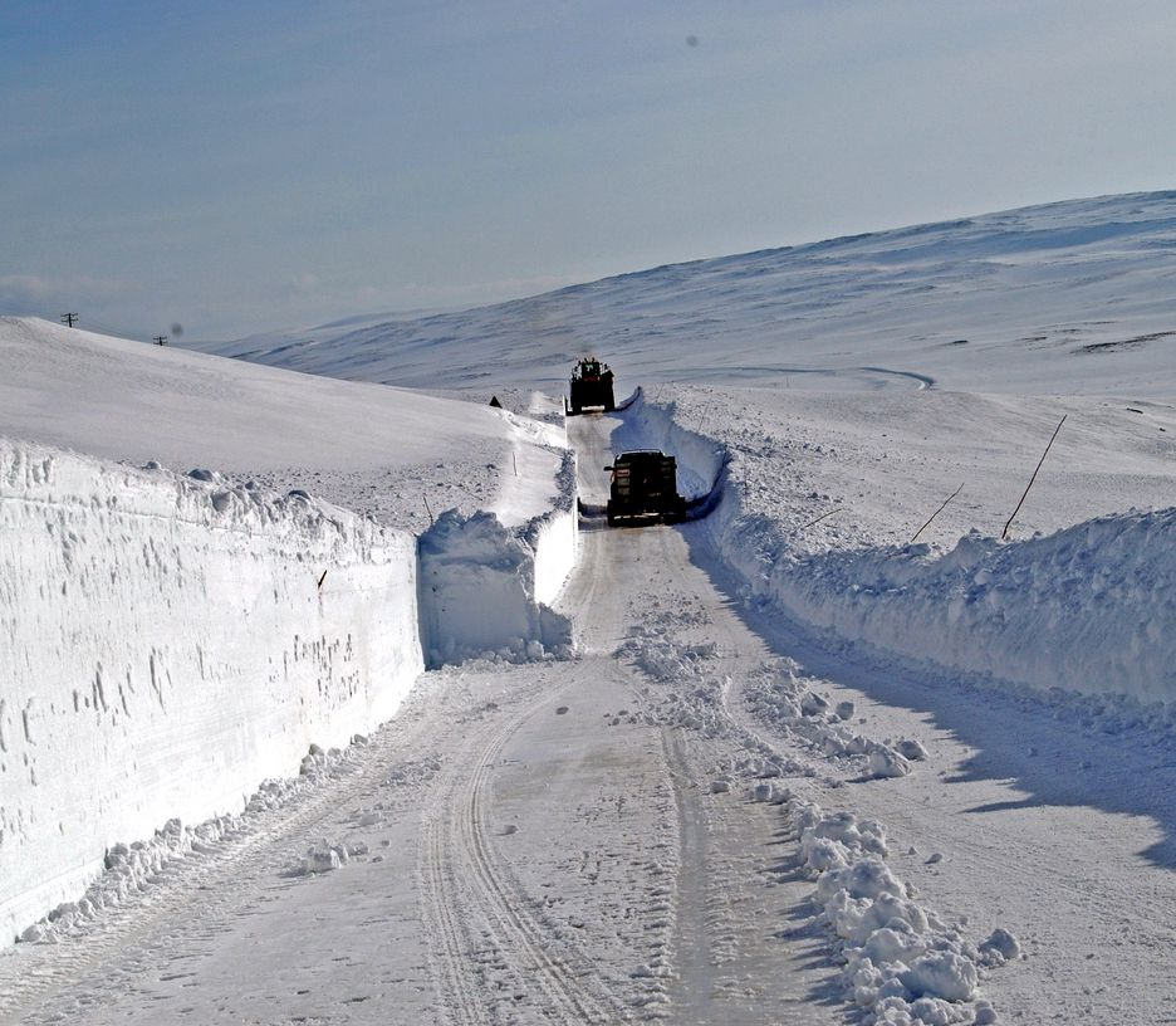 Å holde riksveg 98 over Ifjordfjellet åpen om vinteren krever store ressurser. Når den er ferdig utbedret, blir det atskillig enklere.