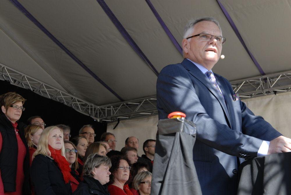 I april kunne generaldirektør Gunnar Malm i Trafikverket trykke på knappen, og erklære tre samferdselsetater bli til èn. Nå kommer konsekvensene; 1100 årsverk skal bort.