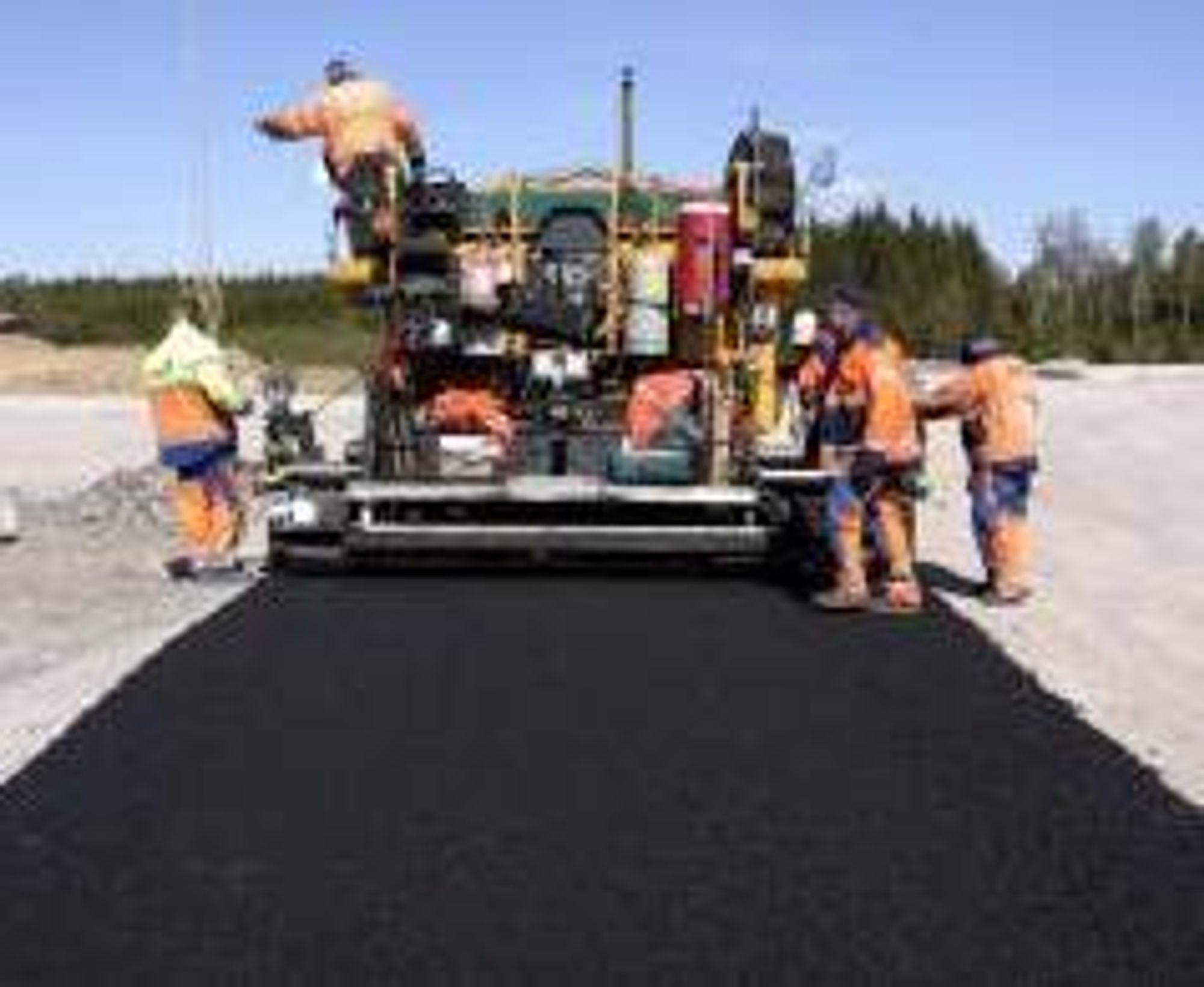 1000 km ny asfalt i 2011