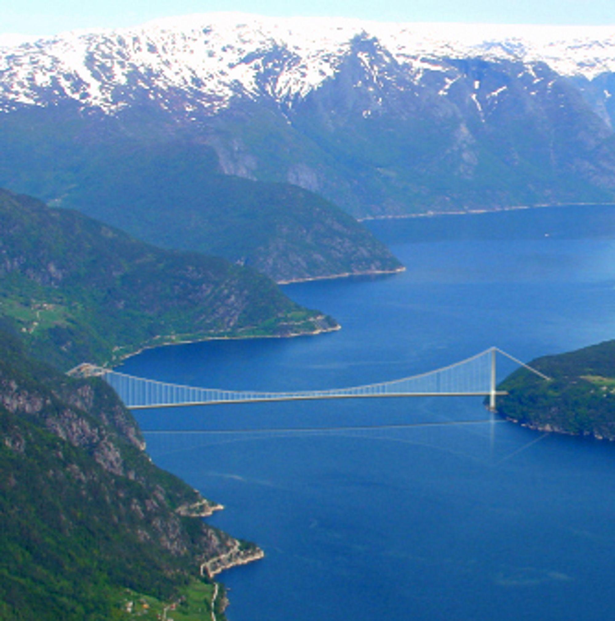 Flere av underentreprisene til Hardangerbrua er nå på plass. Ill.: Statens Vegvesen