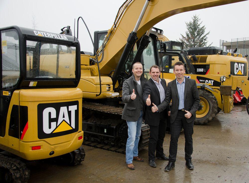 Fornøyde Pon-sjefer. Fra venstre Dagfinn Sand, salgssjef småmaskiner, Espen Paulseth markedssjef, Knut Bøvre, segmentsjef  Bygg & Anlegg.