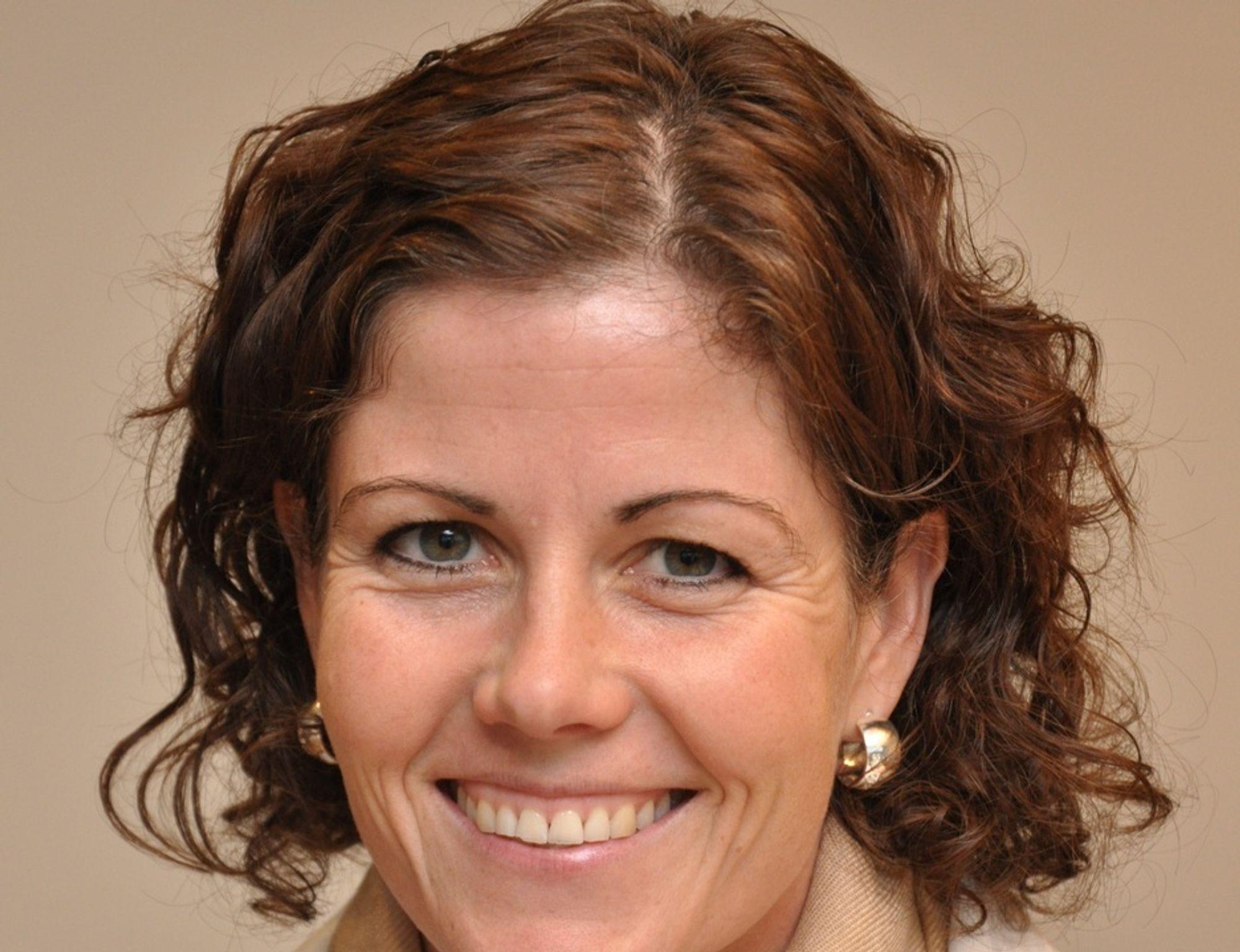 Trude Tronerud Andersen kommer fra stillingen som seksjonsleder for Plan- og forvaltning for Voss og Hardanger i Statens vegvesen