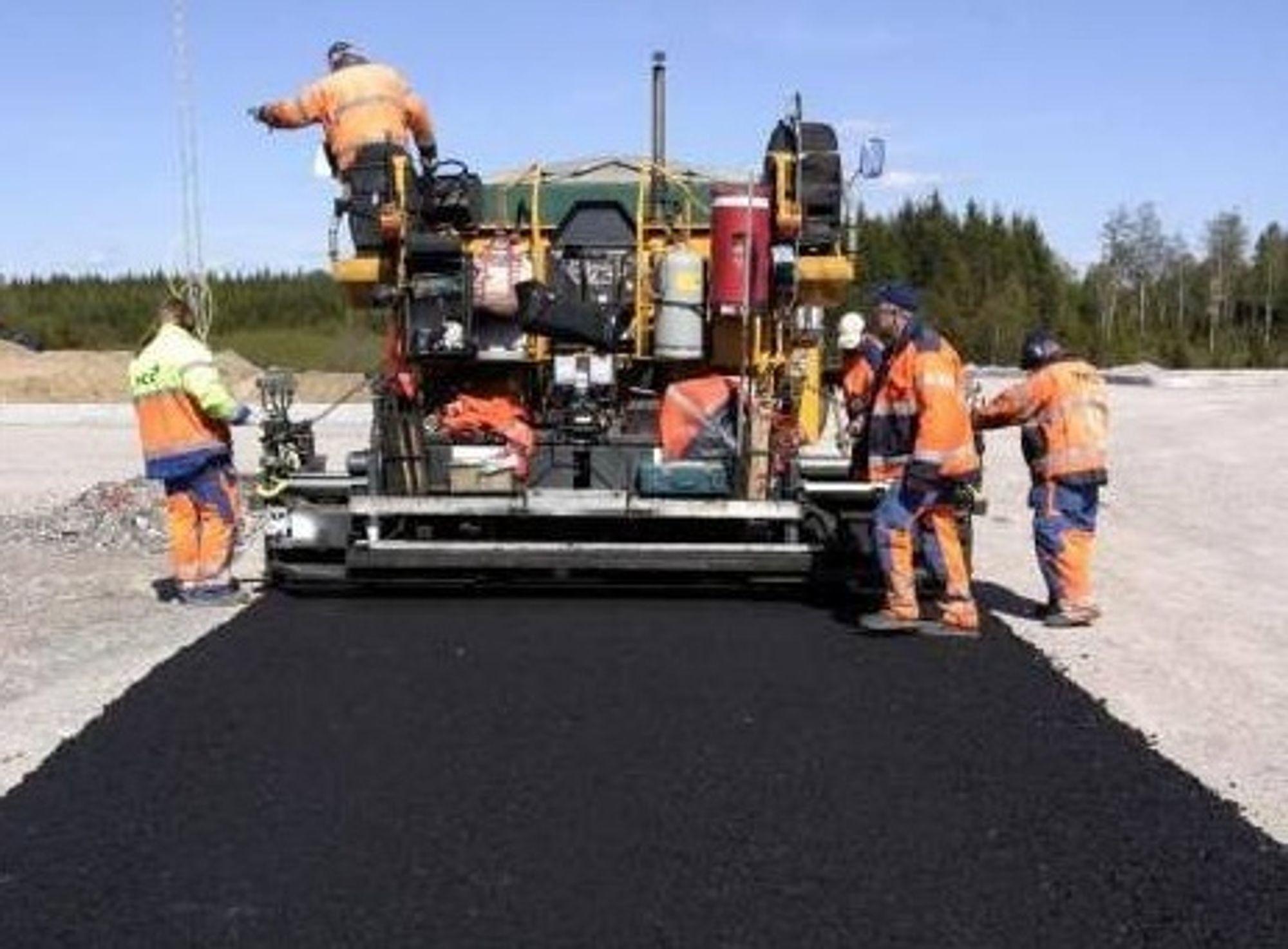 Asfaltsamarbeid koster NCC 165 mill i gebyr