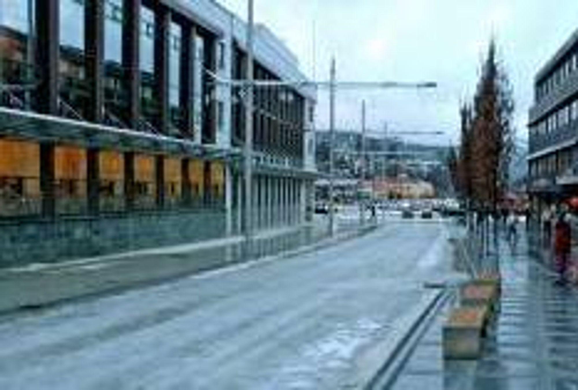 Bybanen skal legges gjennom østre Nesttunveien. Jobben utføres av Svein Boasson for 22,361 millioner kroner.