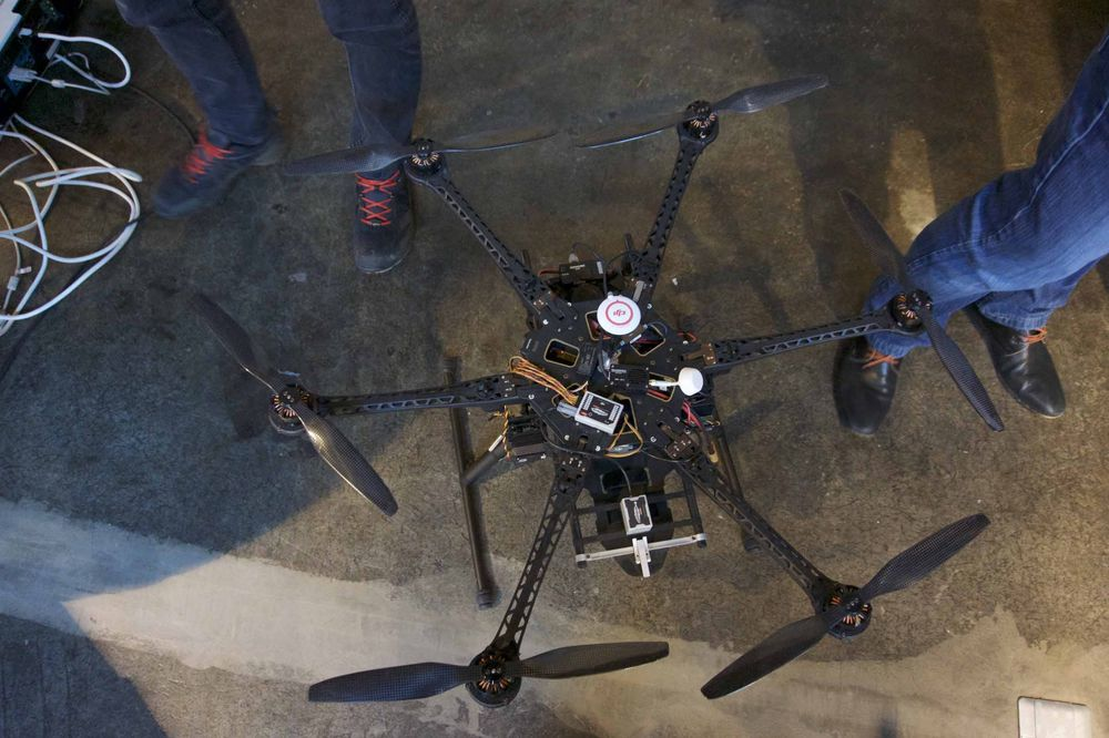Samme type modulære drone fra DJI.