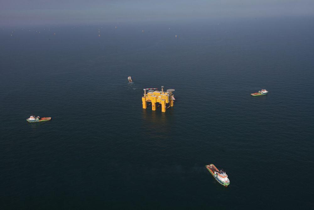 Havvind-kjempe: Verdens største anlegg for offshore likestrøm stod i Haugesund, men er nå installert på tysk sokkel.