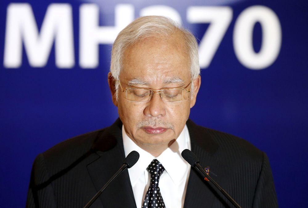 Malaysias statsminister Najib Razak bekrefter at flydelen som er funnet på øya Reunion stammer fra savnede MH370.
