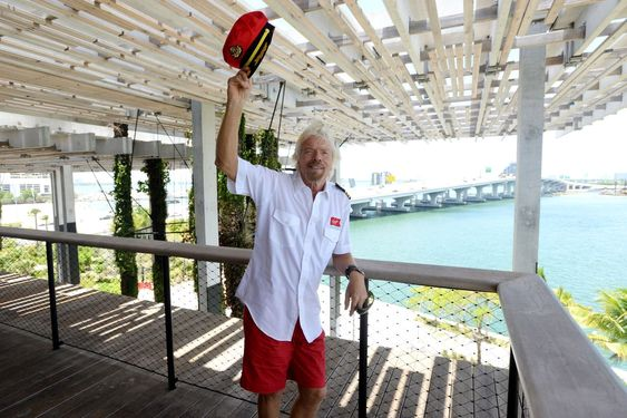 Det var før jul 2014 Sir Richard Branson lanserte Virgin Cruises. I juni var han i Florida for å presentere planene om opstart i 2020.