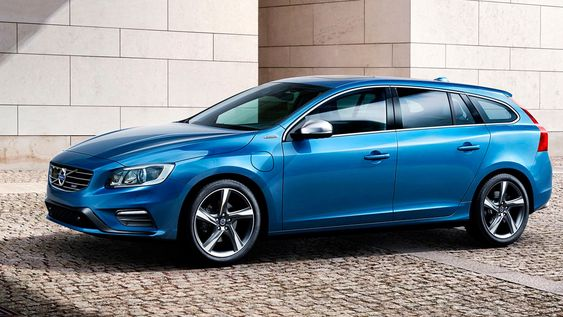 Volvo V60 Twin Engine kan ta deg inntil fire mil på ren batteridrift.