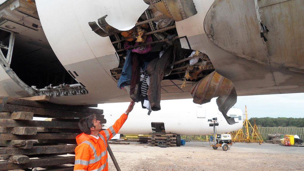Deltakere i Fly Bag 2-prosjektet har utført en rekke eksplosjonstester i fly med en ny, eksplosjonssikker sekk. Dette var resultatet uten sekken.