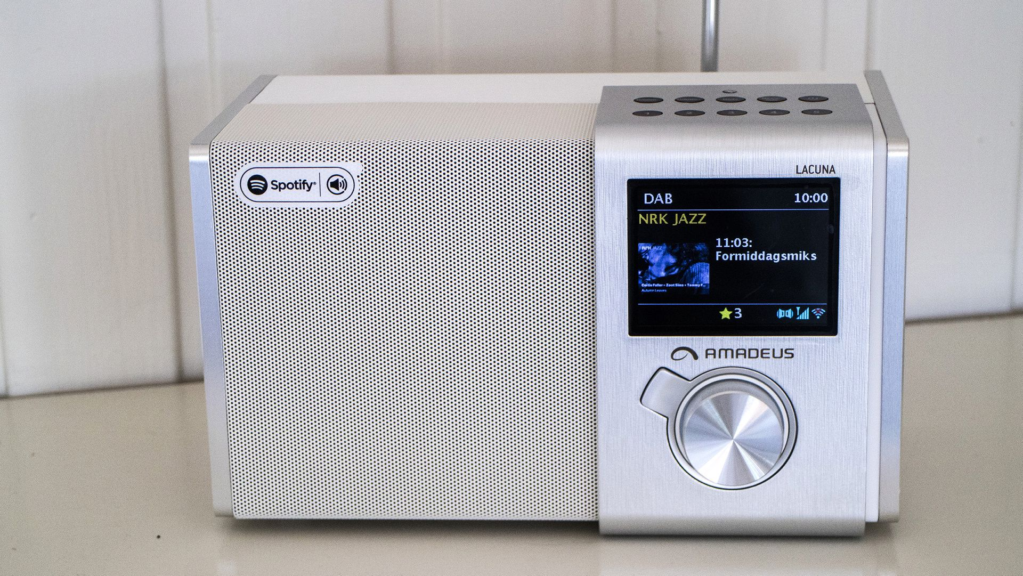 Amadeus radio bruksanvisning