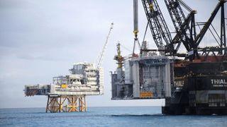 Nå har de installert over 22.000 tonn med plattformdekk på Edvard Grieg