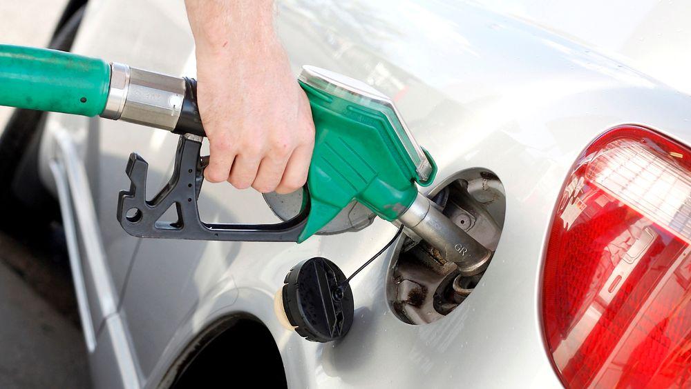I New Zealand kan bilister nå fylle bilen med en blanding av bensin og biprodukter fra øl.