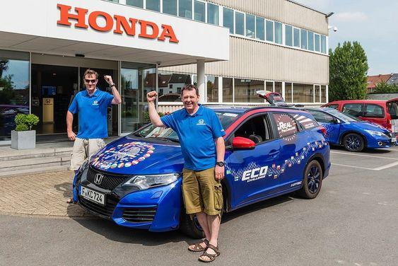 Fergal McGrath og Julian Warren brukte 25 dager på å kjøre EU rundt for å sette ny rekord i lavt drivstofforbruk