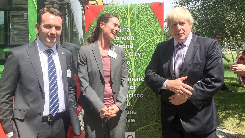 Vil ha samarbeid:Oslos byrådsleder Stian Berger Røsland invitere spesielt London ved ordfører Boris Johnson til samarbeid om elektrifisering av bussene. Pernille Aga leder prosjektet som skal gjøre Oslos busser fossilfrie inen 2020