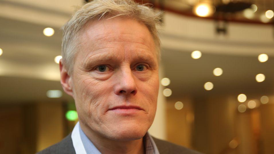 Obos-direktør Morten Aagenæs er ikke nådig mot Smartlys prestisjeprosjekt i Stavanger. Under Smarthjemkonferansen på Bristol i Oslo sto han på scenen og fortalte om erfaringene med løsninger som ikke virker og regninger som inneholder feil.