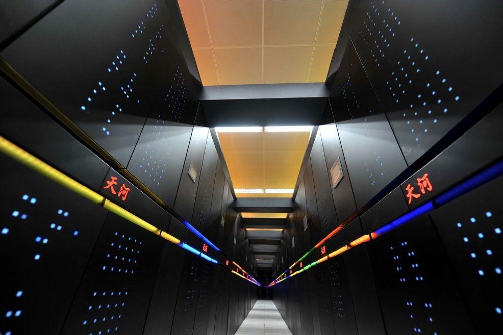 Kinesiske Tianhe-2 holder stadig førsteplassen i den offisielle listen over verdens kraftigste superdatamaskiner. Men det er ikke alle superdatamaskiner som deltar.