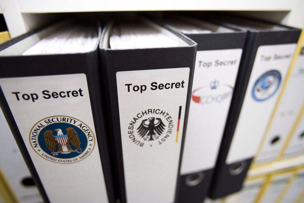 Den tyske etterretningstjenesten BND (Bundesnachrichtendienst) samarbeider tett med amerikanske NSA, både når det gjelder bruk av metoder og utveksling av data.