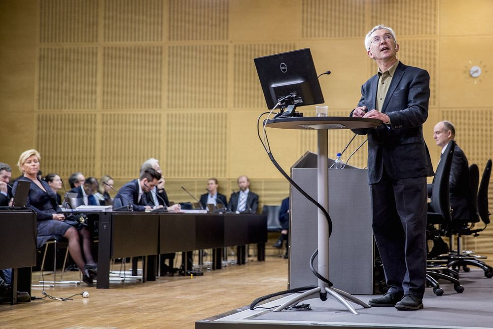 Produktivitetskommisjonen med professor Jørn Rattsø i spissen overleverte sin første rapport til finansminister Siv Jensen i forrige måned. Rapporten slo blant annet fast at bedre utnyttelse av ny teknologi må til for å møte behovene for offentlige tjenester i framtiden.