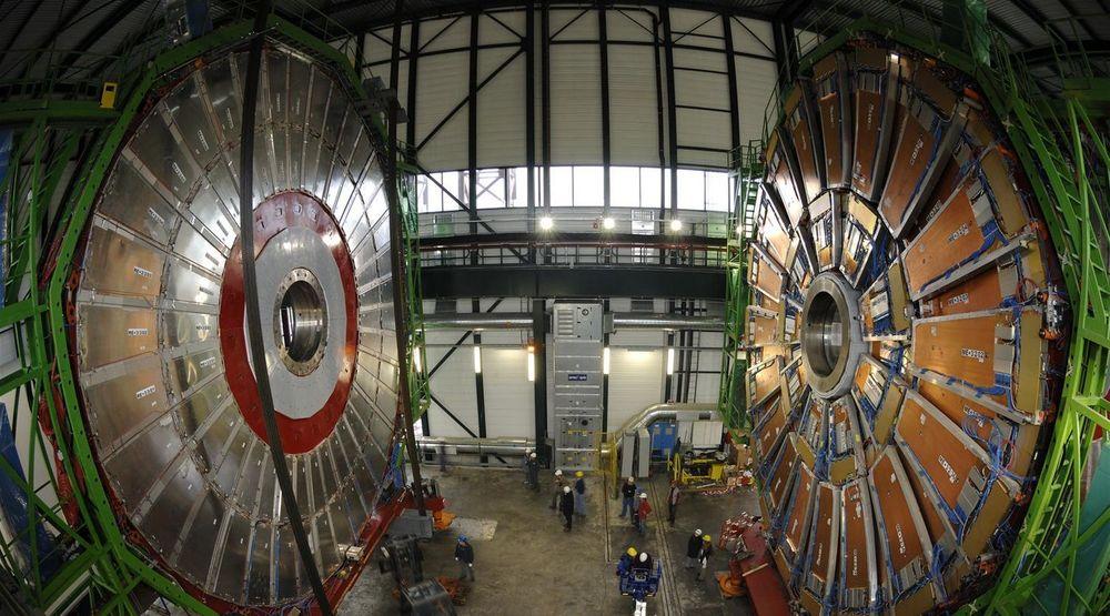 Cern, det europeiske senteret for kjernefysikk, her illustrert av et bilde av arbeidet med deres Large Hadron Collider (LHC), valgte et ungarsk datasentertilbud. De er bare ett eksempel av en lang rekke andre som burde kunne plassere sin tallknusing i Norge, mener kronikkforfatteren.