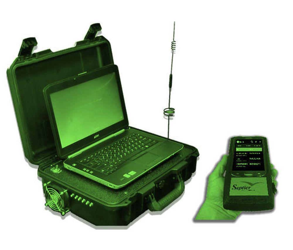 Et eksempel på en litt større IMSI-catcher, en Septier Drive Test-enhet.