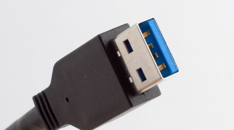SuperSpeed USB Standard-A-plugg.