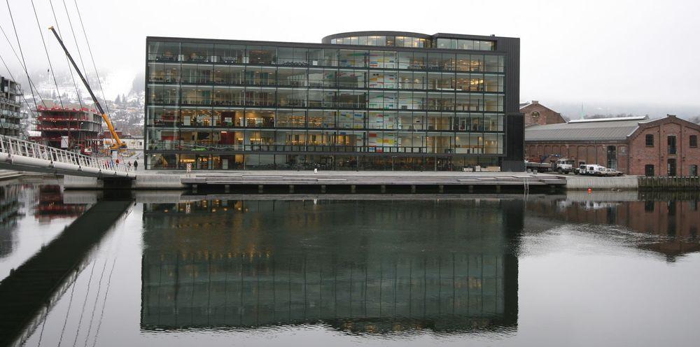 Friprogsenteret som er lokalisert øverst i Papirbredden-kontoret i Drammen, får en egen post i statsbudsjettet og får nå litt mer enn 4 millioner kroner i året.