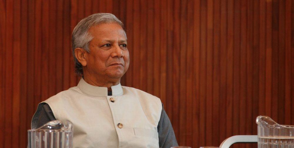 - Jeg kan ikke utelukke at det kan komme til å skje i en veldig fjern framtid, men søksmål er ikke et virkemiddel jeg ønsker å bruke, sa fredsprisvinner Muhammad Yunus