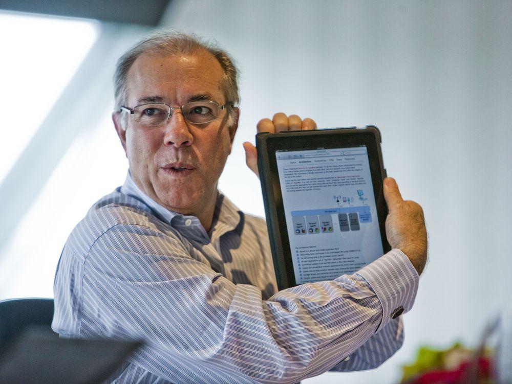 Citrix-sjef Mark Templeton er blant de mange lederne som sverger til iPad. Citrix har også bidratt med løsninger som gjør iPad til et produktivitetsdrivende redskap.