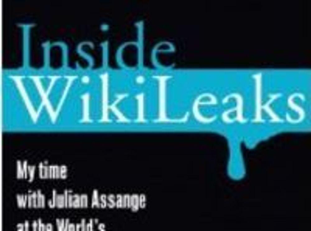 Inside WikiLeaks: My Time with Julian Assange at the World's Most Dangerous Website: Boka er tilgjengelig fra flere nettbutikker.