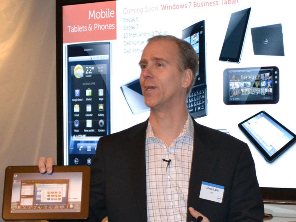 Steve Lalla viste Dells Windows 7-nettbrett for bedriftsmarkedet i går. Legg merke til at assortimentet også omfatter et 10 tommers nettbrett med Android, og Android-baserte Streak i både 5 og 7 tommer.
