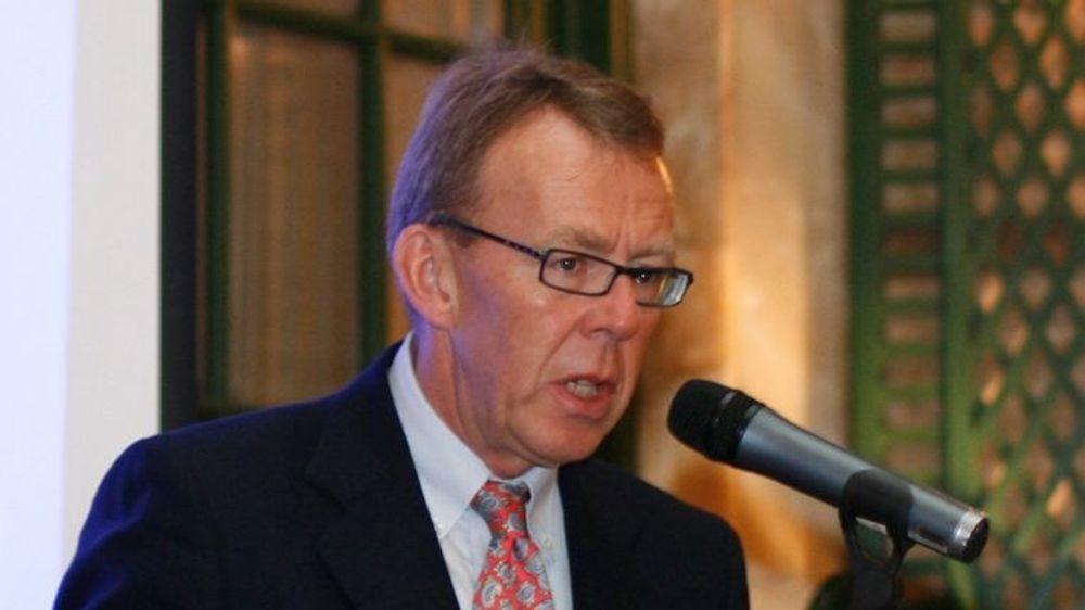 Regjeringens krisepakke bør ikke innrettes mot å redde fortidens industri, men heller satse på IKT-bransjen for å forkorte krisen og skape vekst i framtiden, mener Per Morten Hoff i IKT-Norge.