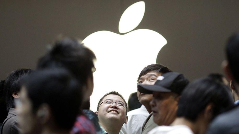 Det var trengsel i lokalene da Apple åpnet en ny butikk i Nanjing Road i Shanghai sentrum i september i fjor. Kina står i dag for 20 prosent av Apples samlede omsetning.