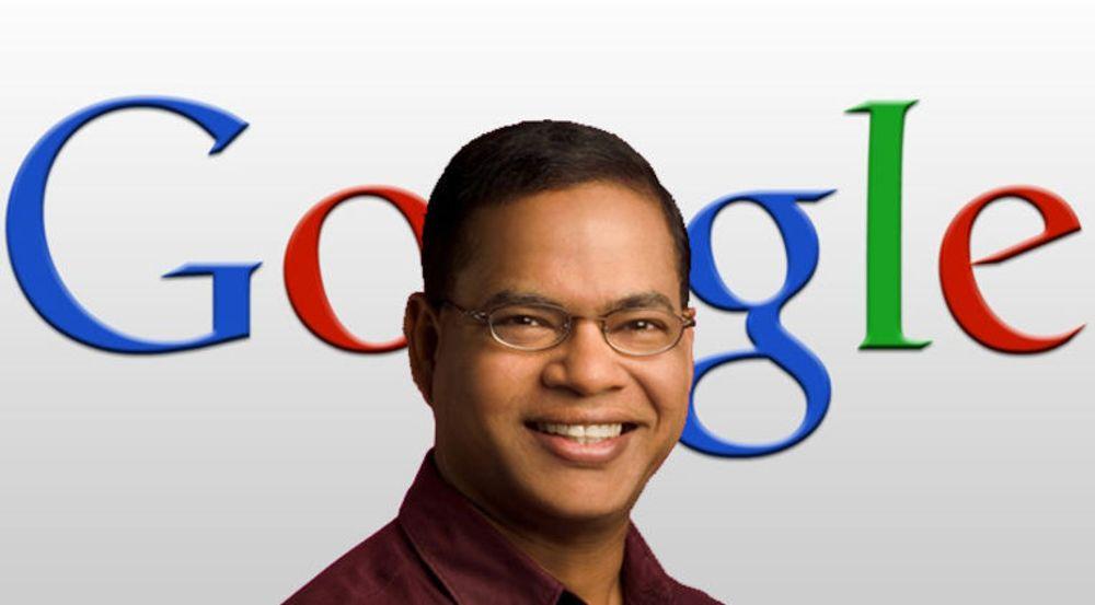 Amit Singhal, ansvarlig for utviklingen av Googles søketjeneste, sier de har bygget opp en database for flere hundre millioner entiteter som skal brukes til å gi søketjenesten en semantisk dimensjon, det vil si en forståelse av hva søkeren er på jakt etter.