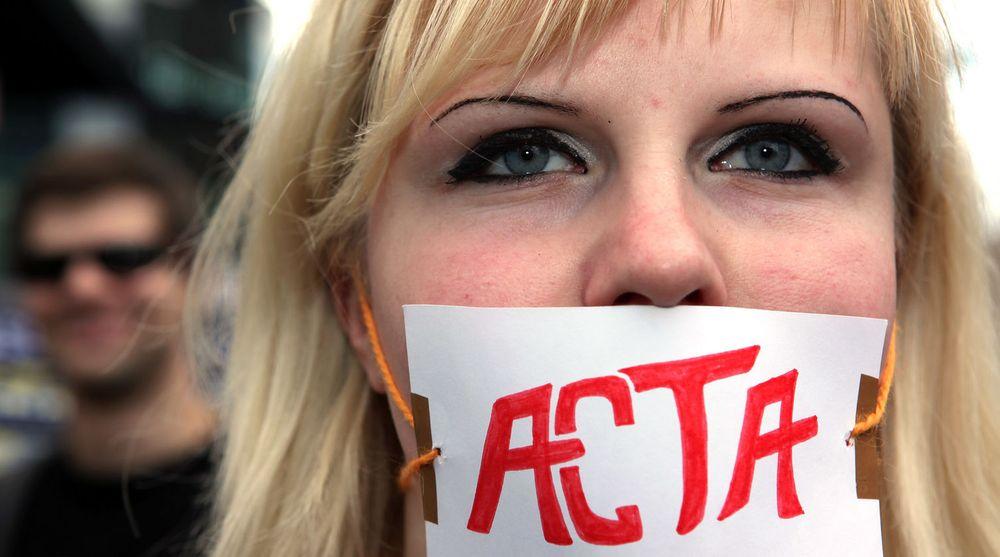 ACTA, som skulle hindre piratkopiering, har vakt stor debatt i Europa. Loven gikk imidlertid ikke gjennom EU-parlamentet.
