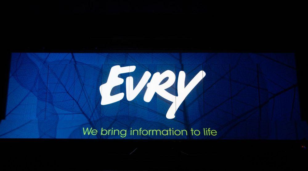 Hoffleverandøren av IT-tjenester til norske banker, IT-giganten Evry, hadde fredag morgen et kabelbrudd som rammet Norges største bank.